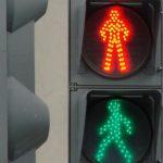 Почему светофор имеет красный, жёлтый и зелёный цвета, а не любые другие?