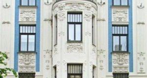Здание на улице Альберта, построенное по проекту Михаил Эйзенштейна.