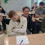 Забавные учителя, которые знают, как привлечь внимание своих студентов