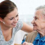 Как общаться с пожилыми родителями: 8 простых правил