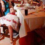 12 огненных фото детей, которых задолбали свадьбы