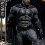 Фигурка Бэтмена с реалистичной щетиной скоро поступит в продажу за 1000$