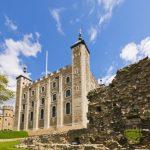 Дом с привидениями: 6 самых мистических замков Великобритании