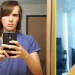 Парень 17 месяцев принимал гормоны и снимал, как он превращался в женщину