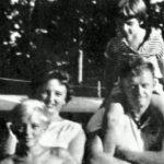 В 1961 году маленькая девочка была найдена в море. Вот ее история