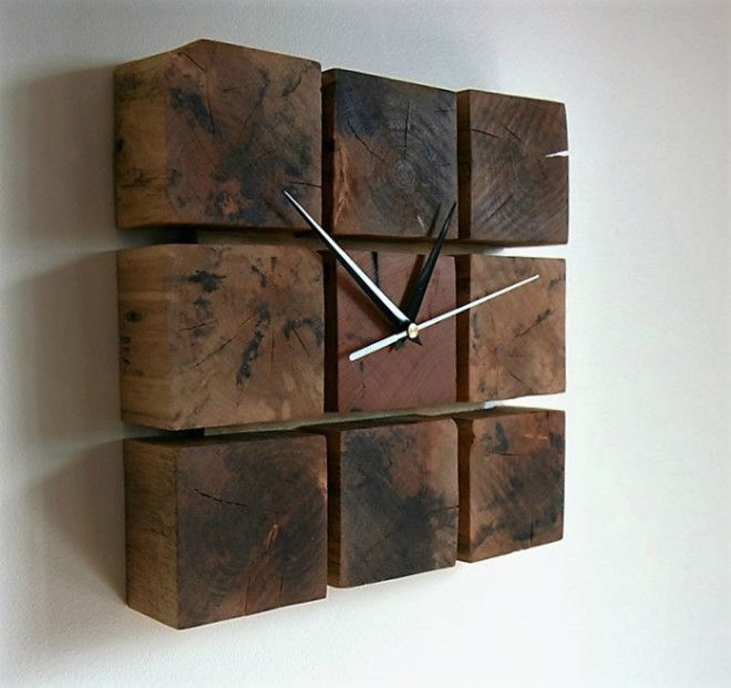 Часы из деревянных брусков